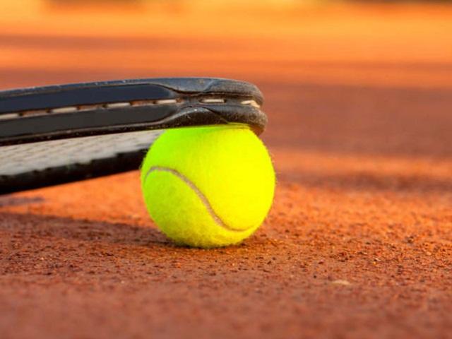 erlebnis-golf-und-spiel-tennis
